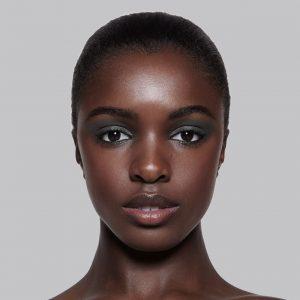 peau noire et photo identité